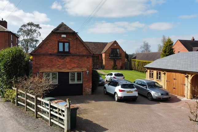 2 bed barn conversion to rent in Cromwell Lane, Coventry CV4