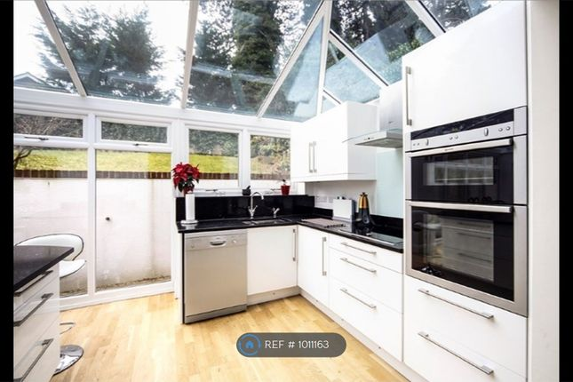 5 bed detached house to rent in Hadley Wood Rise, Kenley CR8