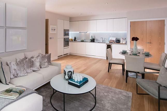 Thumbnail Flat to rent in 500 Chiswick High Rd, Chiswick, London