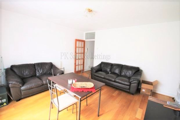 Thumbnail Flat to rent in Wimbourne Road, London