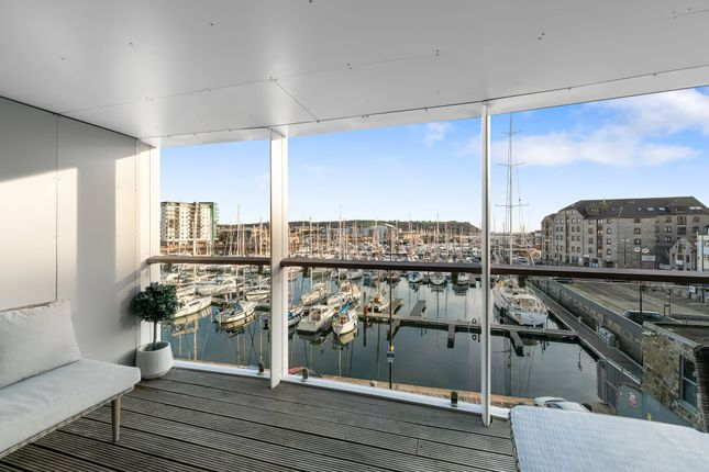8b6d2a766f Thumbnail Flat for sale in Discovery Wharf