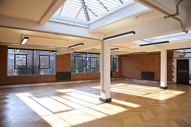Thumbnail Office to let in Unit 21, The Ivories, 6-18 Northampton Street, Islington, London