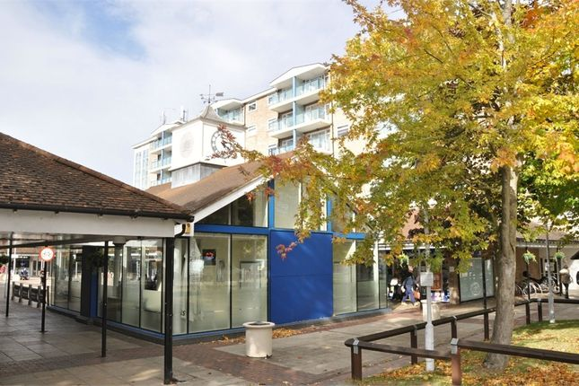 Thumbnail Flat for sale in The Vineyards, Great Baddow, Chelmsford, Essex