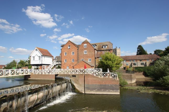 Thumbnail Flat to rent in Mill Street, Tewkesbury, Gloucestershire