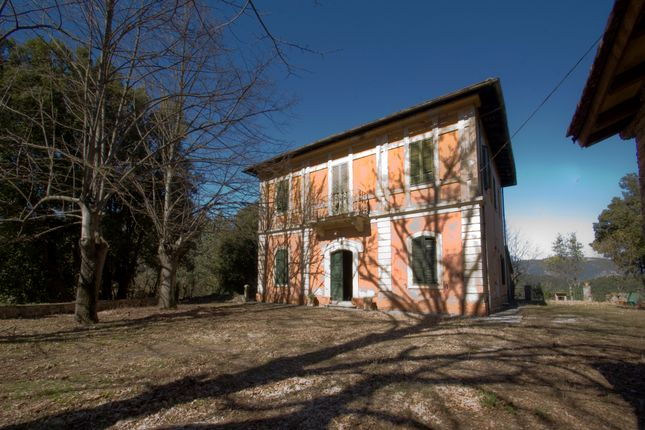 3 bed villa for sale in Marmore Waterfall, Terni (Town ...
