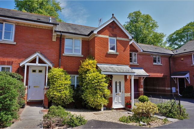 3 bed end terrace house for sale in Etonhurst Close, Exeter