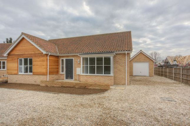 Thumbnail Detached bungalow for sale in Fieldside, Stretham, Ely