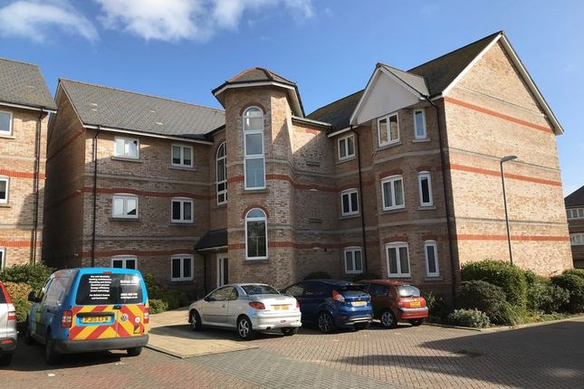 Thumbnail Flat to rent in Ricketts Close, Weymouth