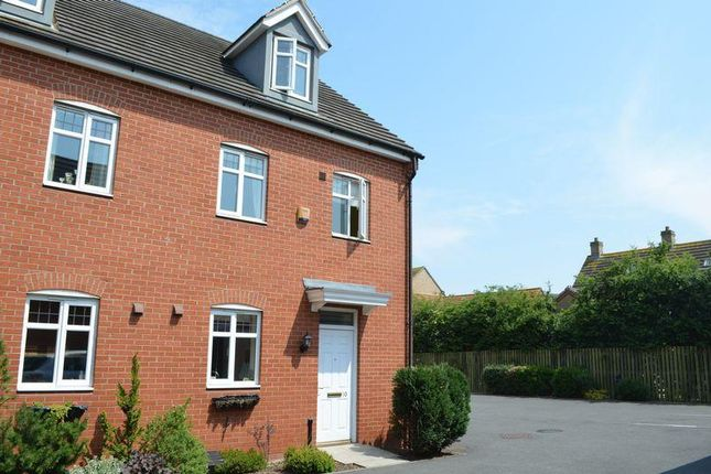 3 bed town house to rent in Byland Close, Lincoln LN2
