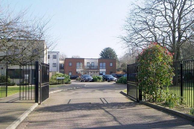 3 bed flat for sale in Butler Farm Close, Ham, Richmond, Ham, Richmond TW10