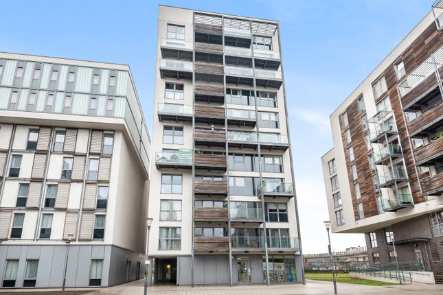 1 bed flat to rent in Merryweather Place, London SE10