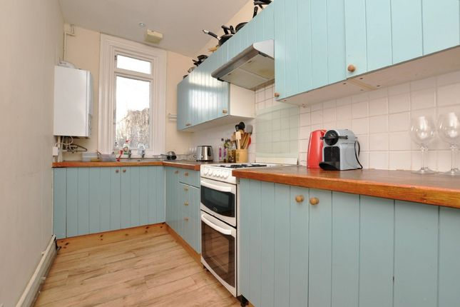 5 bed semi-detached house to rent in Cotham Place, Hampton Road, Cotham, Bristol