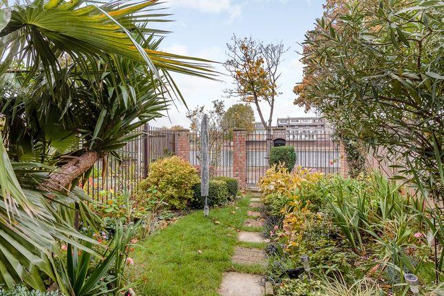 Thumbnail End terrace house for sale in Hartslock Drive, London, London