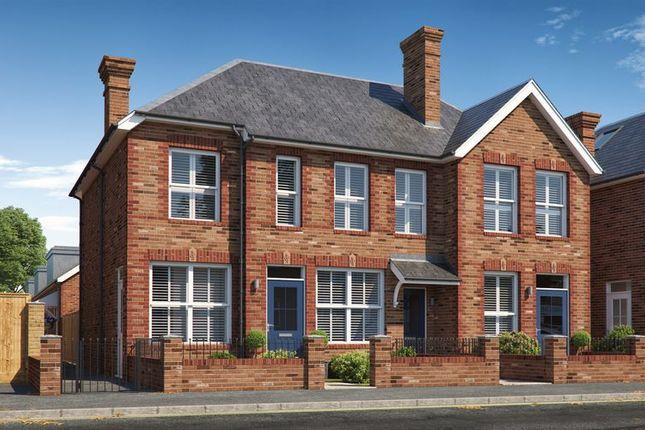 Thumbnail Flat for sale in Crowborough Hill, Crowborough