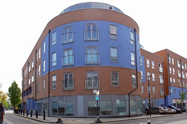 526 Cable Street, London E1W
