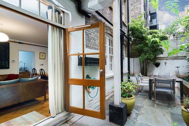 Picture No. 11 of Broad Court, Covent Garden WC2B