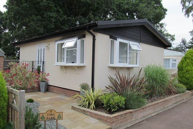 Thumbnail Mobile/park home for sale in Firs Park (Ref 5356), Petersfield, Hampshire