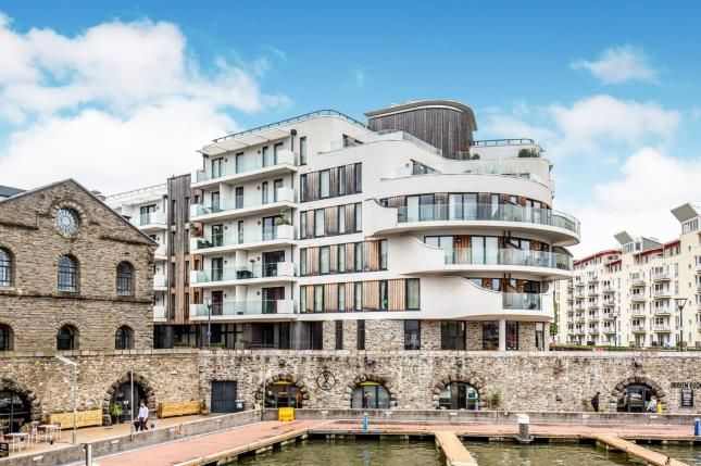 Thumbnail Flat for sale in Invicta, Millennium Promenade, Bristol