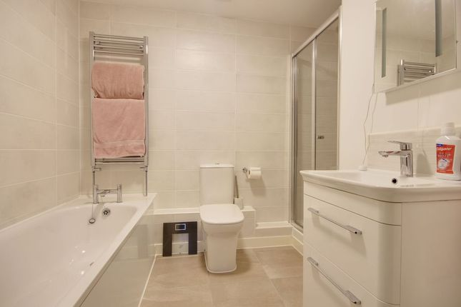 Bathroom 1 of Forches Avenue, Barnstaple EX32