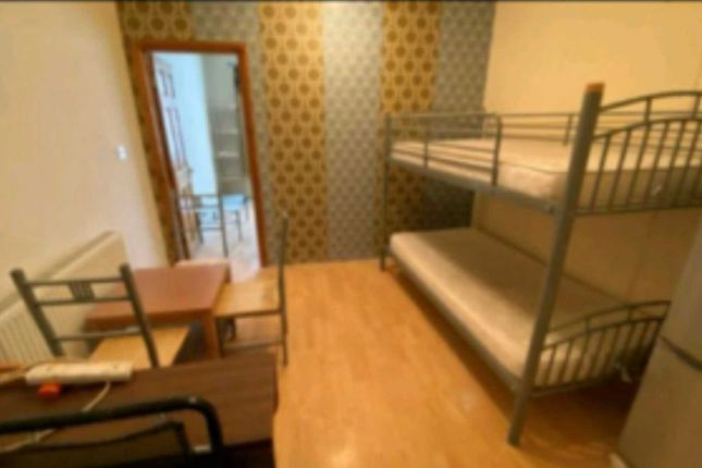 Thumbnail Flat to rent in Dane Road, Southall
