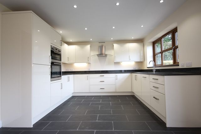 Thumbnail Detached house to rent in Bell Lane, Lower Broadheath, Worcester