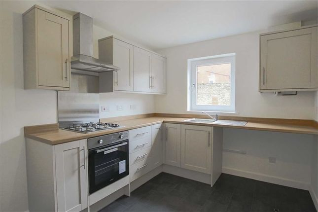 Thumbnail Town house for sale in Corn Mill Mews, Clayton Le Moors, Lancashire