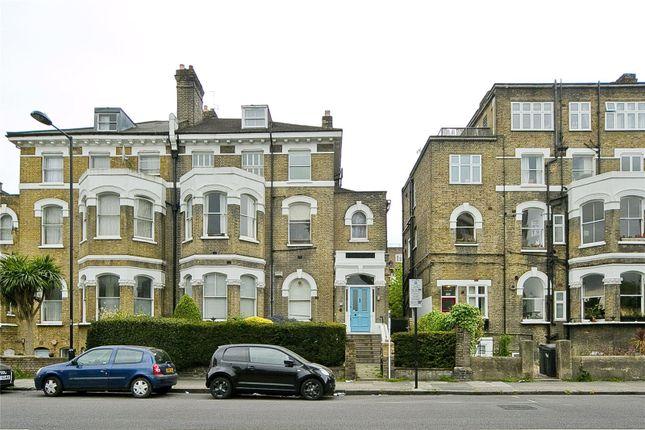 3 bed maisonette for sale in Green Lanes, London