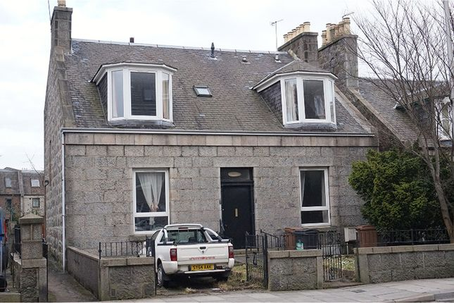 Thumbnail Flat for sale in George Street, Aberdeen