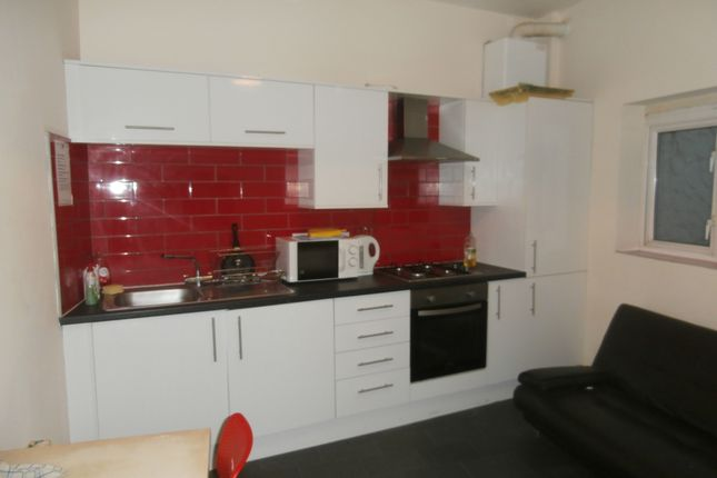 Thumbnail Room to rent in Princes Road, Hull