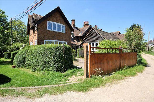 Thumbnail Semi-detached house to rent in Buckingham Road, Weedon, Aylesbury