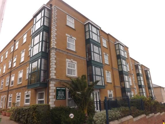 Thumbnail Flat for sale in Medina Gardens, Cowes, Isle Of Wight