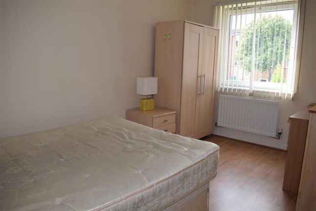 Bedroom of Hatchley Street, Grove Village, Manchester M13