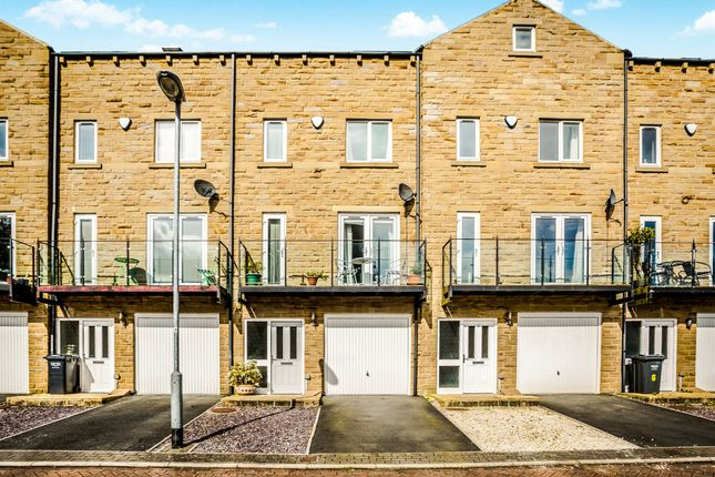 Thumbnail Terraced house for sale in Eaglescliffe, Sowerby Bridge