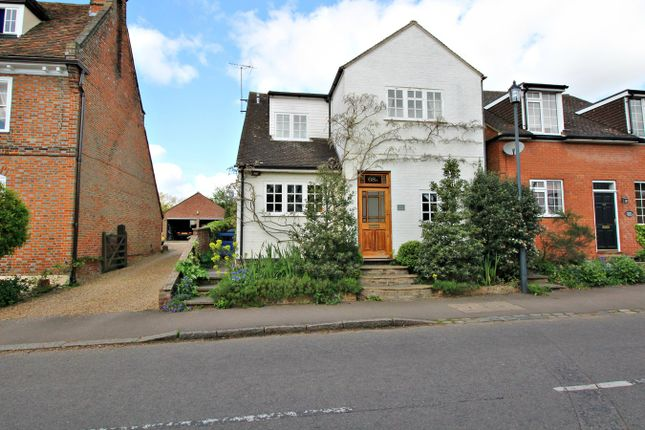 Thumbnail Detached house to rent in High Street, Walkern, Stevenage