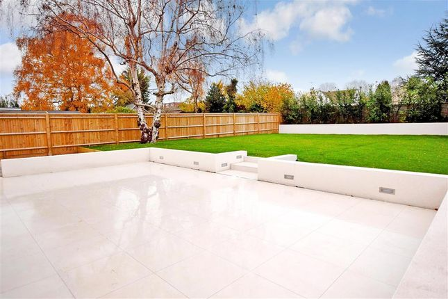 Patio / Decking of Findon Road, Worthing, West Sussex BN14