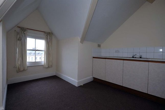 Kitchen of 8 Cadwallader, Park Crescent, Llandrindod Wells LD1