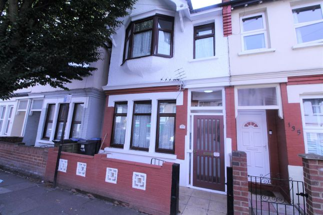 Thumbnail Property to rent in Winchester Road, London