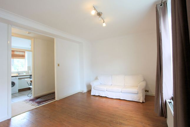 Thumbnail Flat for sale in Abbey Road, London