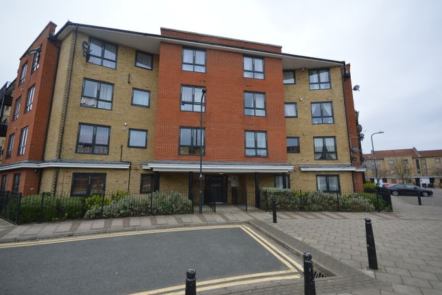 Thumbnail Flat for sale in Hirst Crescent, Wembley, London