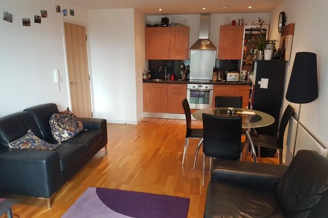 Thumbnail Flat for sale in Crown Point Road, Leeds