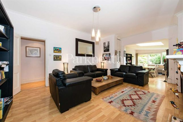 3 bed flat for sale in Fellows Road, Belsize Park, London