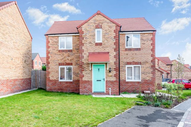 Thumbnail Detached house for sale in West Moor Croft, Rotherham