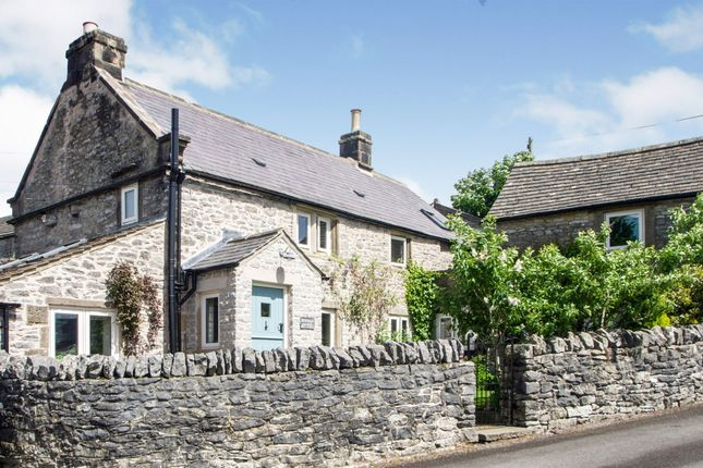 Thumbnail Cottage for sale in Main Street, Over Haddon, Bakewell