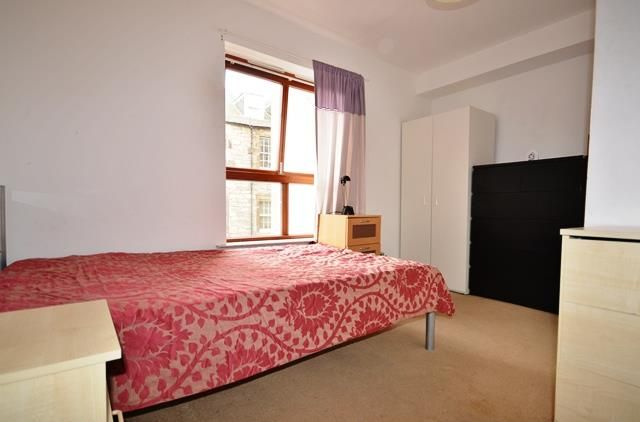 Shared accommodation to rent in East Crosscauseway, Edinburgh