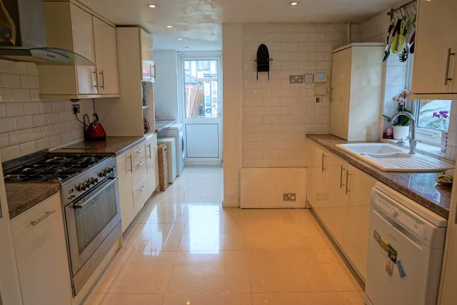Thumbnail Detached house for sale in Chapel Road, Bexleyheath