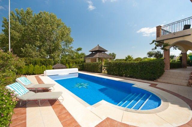 Pool And Garden of Spain, Málaga, Alhaurín El Grande