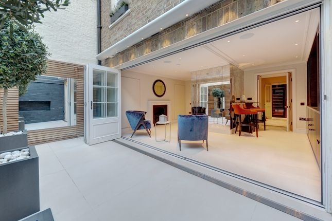 Thumbnail Terraced house for sale in Chester Street, London