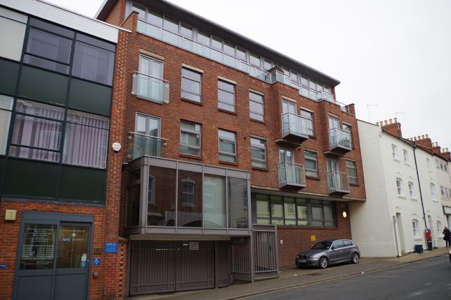 Thumbnail Flat to rent in Hazelwood Road, Northampton
