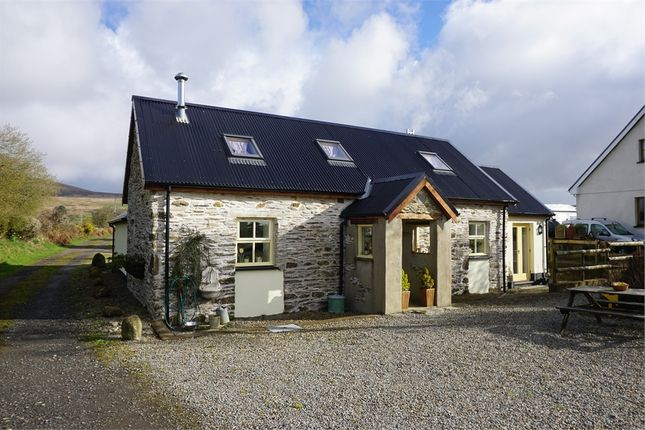 Thumbnail Cottage to rent in Rhosfach, Clynderwen, Pembrokeshire