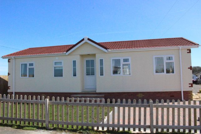 Thumbnail Mobile/park home for sale in Castleton Road, St Athan, Barry
